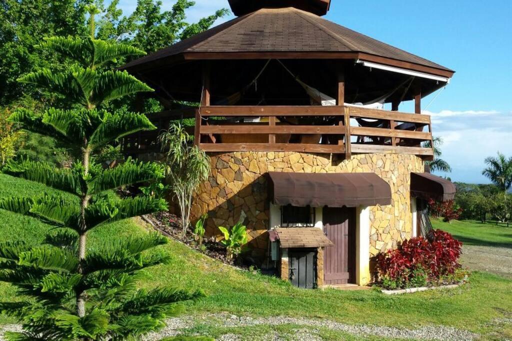 Gazebo Akasha Spa - Cabins for Rent in Jarabacoa, La Vega ...