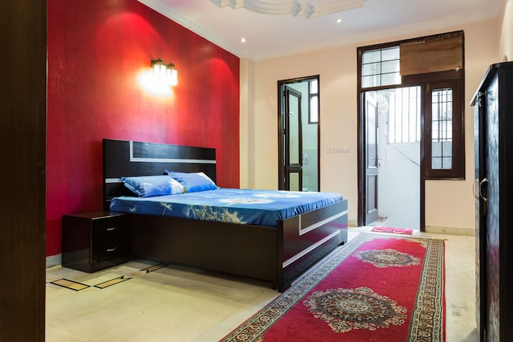 The Rouge Room: Bright,cosy & clean - New Delhi - Huoneisto
