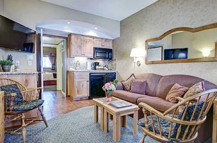 Lake Tahoe comfort stay at Olympic Valley (weekly)
