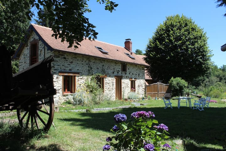 Renovated old farmer house in Nature