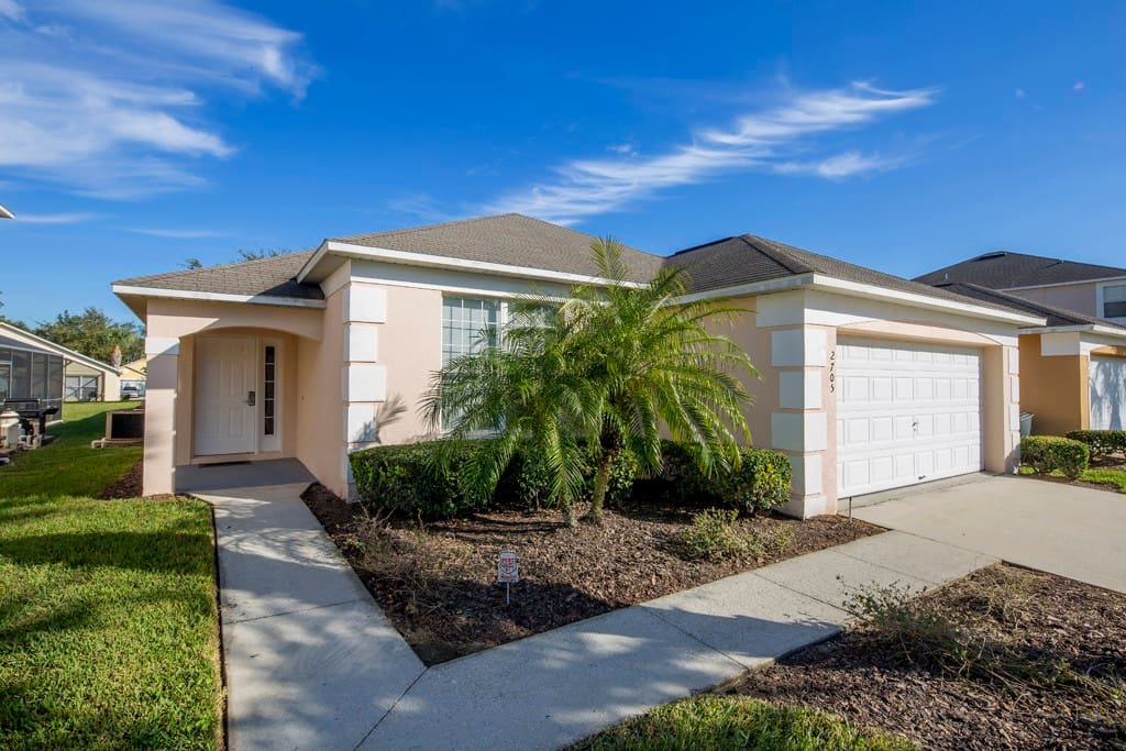 Enjoy a vacation to remember forever when you stay in this Emerald Island resort 4 bedroom pool home that's perfect for vacations to nearby Walt Disney World® Resort.
