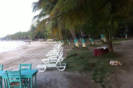 Timouillage Resto Beach Bungalow  - Cayes-de-Jacmel - House