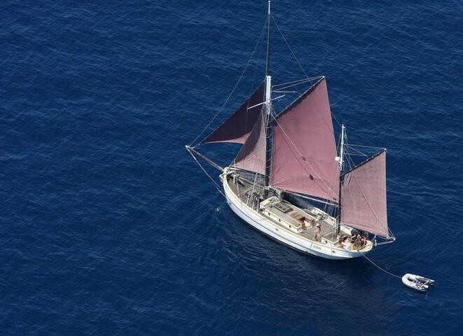 Traditional sailing apartment