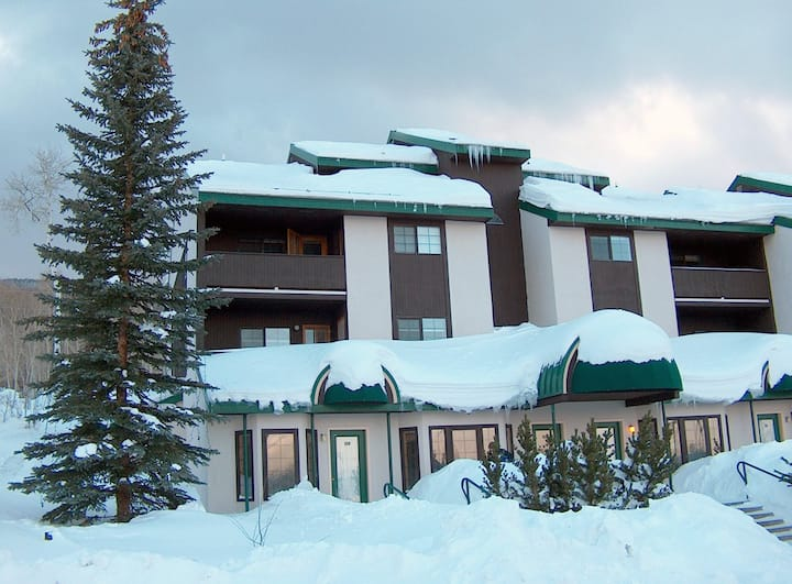 Powderhorn, CO Slopeside Condo