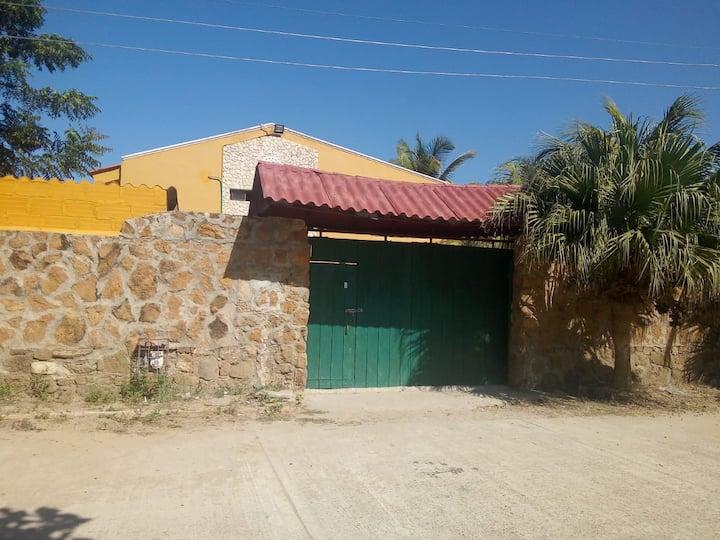 Cabaña Vacacional Villa Estela