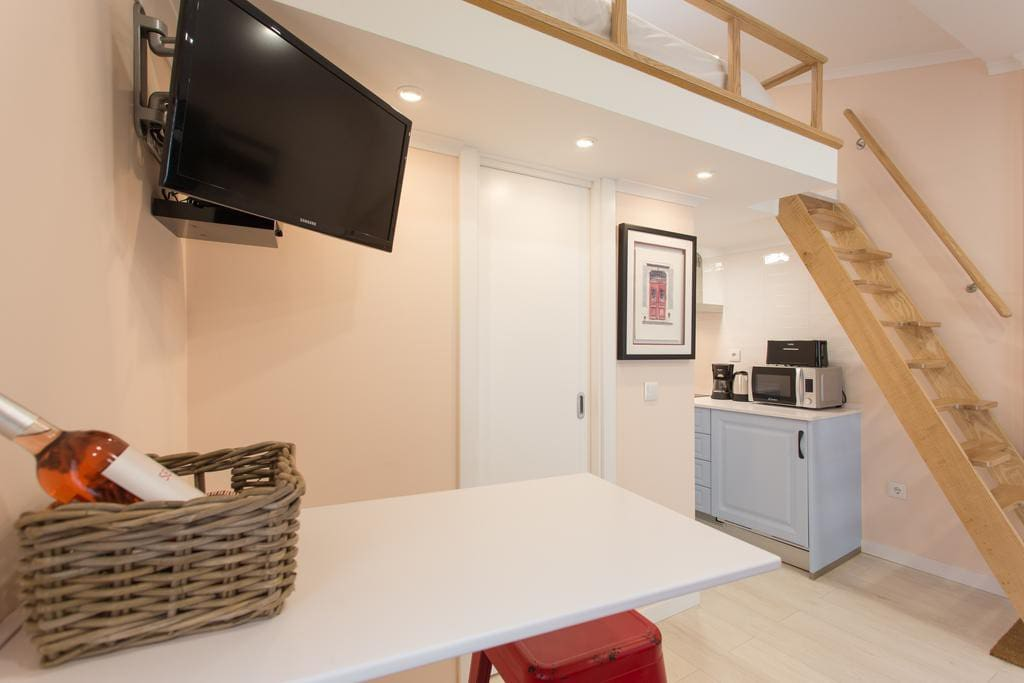 Access to the mezzanine / bed upstairs