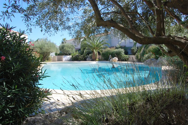 Apartment with 2 bedrooms in Valras-Plage, with shared pool, furnished terrace and WiFi - 600 m from the beach