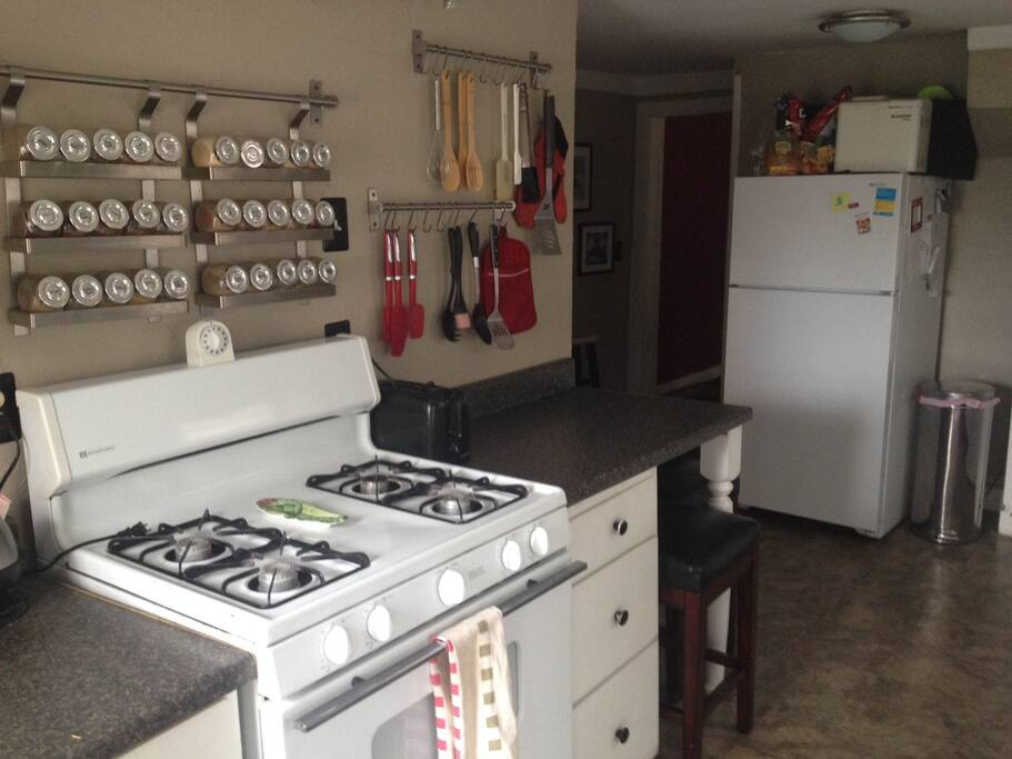 Full kitchen with all the amenities to prepare meals