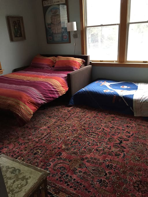 2 beds in studio room---perfect for a couple w/child