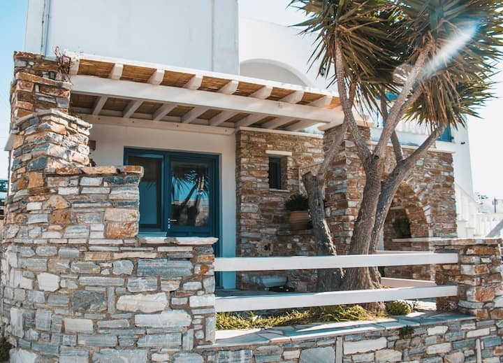 Okiroi Tinian Villas - Peek A Blue