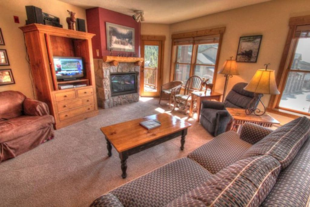 Tenderfoot Lodge: Keystone Colorado vacation rentals and lodging at discount prices