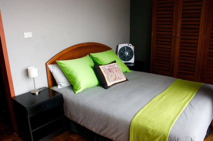 Penthouse small studio with city views - Guatemala - Apartemen