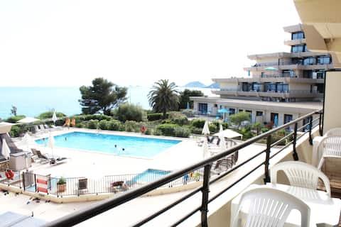 CosySeaside Corsica Ajaccio Swimming pools and Sea