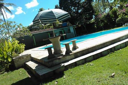 Chácara em Igarassu Lazer completo perto do Recife - Igarassu - Ξυλόσπιτο