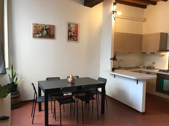 Casa di Gil nel salotto di Parma