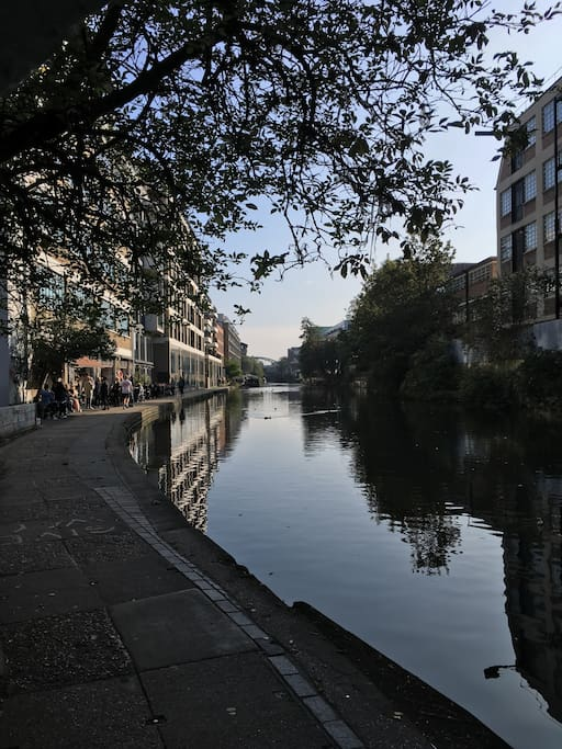 The canal is only a 5 min walk away