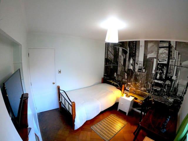 Habitación individual (two singles)/Chill Inn viña