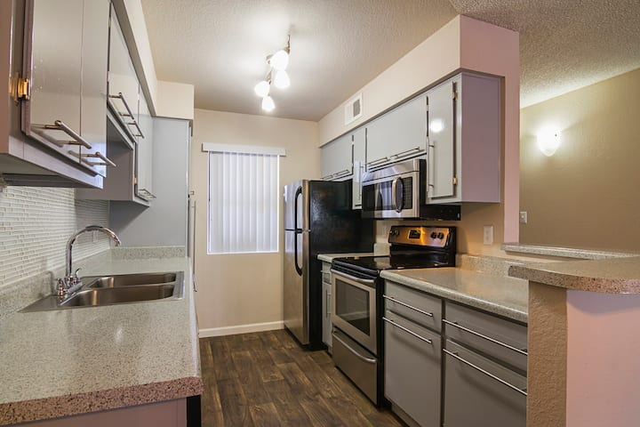 Relax in an apt of your own | 1BR in Phoenix