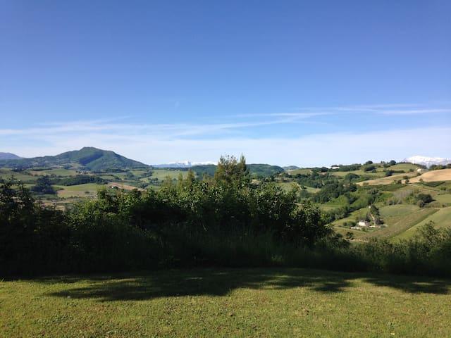 Villa Marche - Montelparo