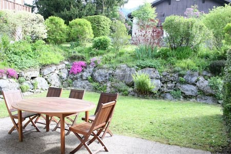 Logement tout confort bien situé avec jardin privé