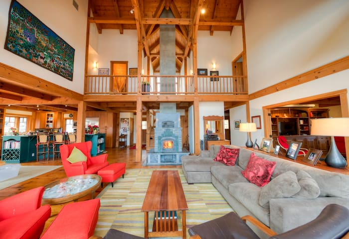 Exclusive Weekend Retreat for All Seasons