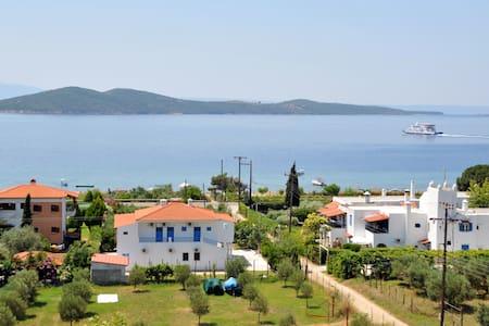 Chalkidiki Ouranoupoli/Athos 4 - Stagira-Akanthos - Huoneisto