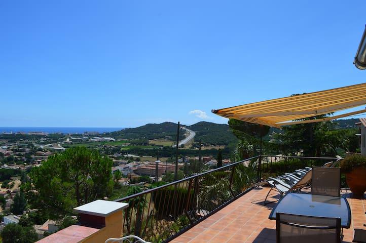 villa sur la Costa Brava - Calonge