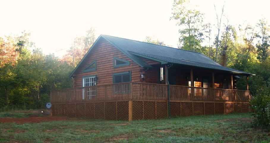 LUXE 2/2 Cabin 3 Miles 2 TIEC Horse - Rutherfordton - Chatka