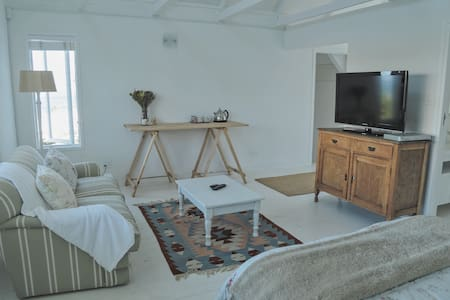 Luxury beach house style studio apartment - Groot Brakrivier - Apartment