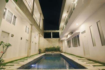 1 BR studio apartment near Seminyak - Denpasar