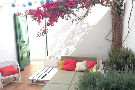 a Calm in the center - Playa Honda - Casa