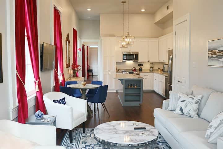 Gorgeous, Historic 2 BD, 1 Block off St. Charles