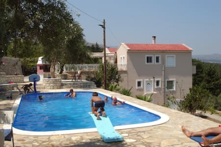 Villa Paradise. Entire villa - chania - Villa