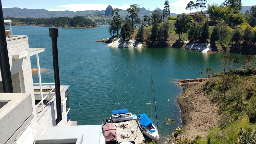 Amazing View Secluded Chalet in Guatape - El Peñol - Vila