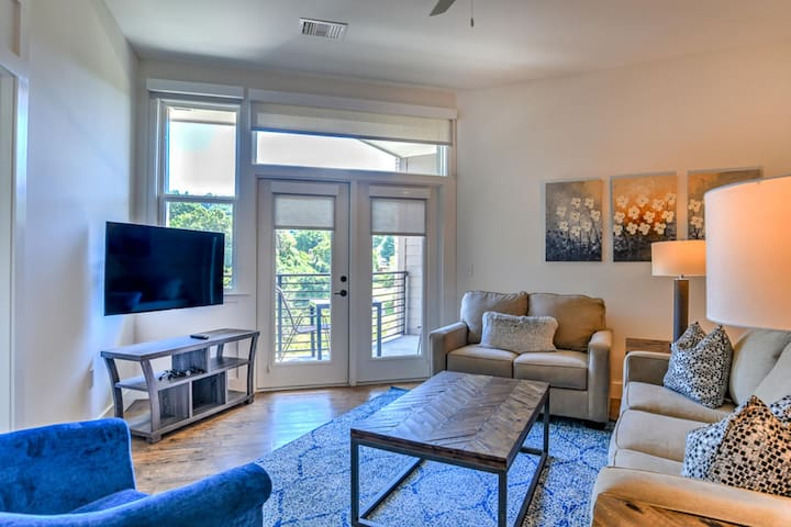 New, luxury condo located in heart of downtown Asheville~55 S. Market #201