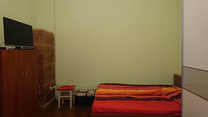 Room for rent - Untold