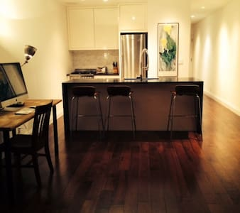 Sunny Apartment near Prospect Park