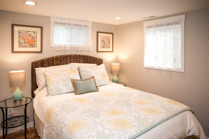 S Seattle, near beach and airport! - Normandy Park