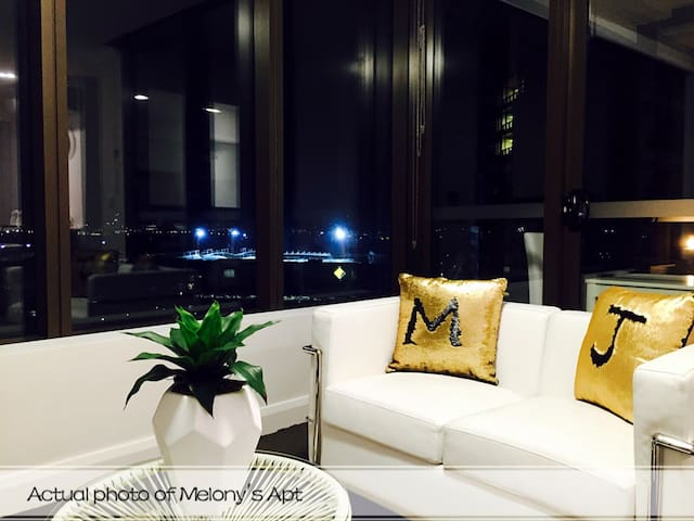 Luxury Designer Apartment in Syd Olympic Park - Sydney Olympic Park - Apartmen