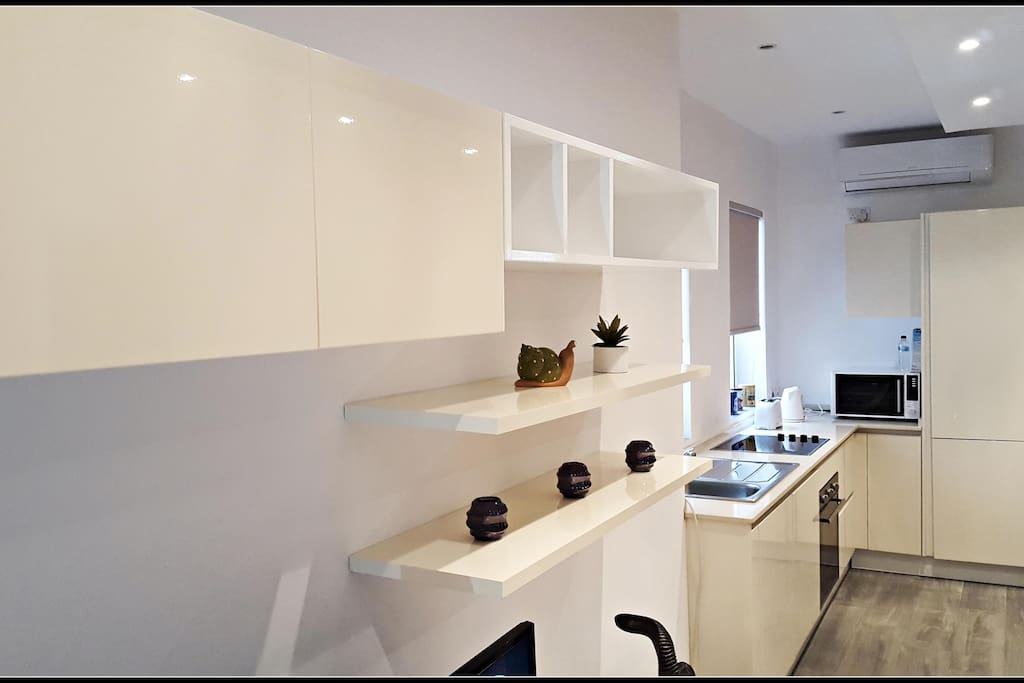 Open Plan Layout so family and friends can stay together even when cooking