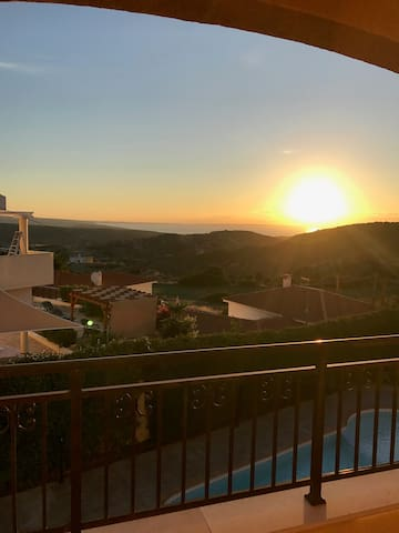 Apartment with stunning sea view  PISSOURI
