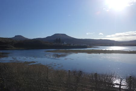 Minnie's Rooms Triple Loch View - Dunvegan