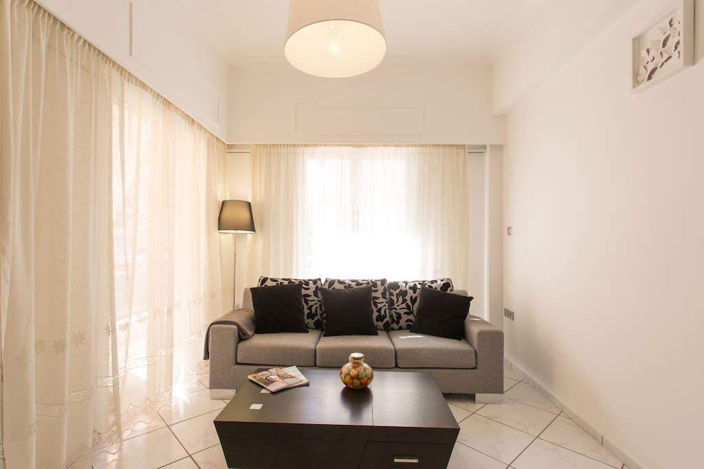 athens kesariani wohnung wohnungen zur miete in kesariani griechenland. Black Bedroom Furniture Sets. Home Design Ideas