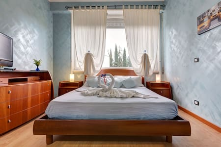 B&B Vicino Palyground Magic Land - Cave - Bed & Breakfast