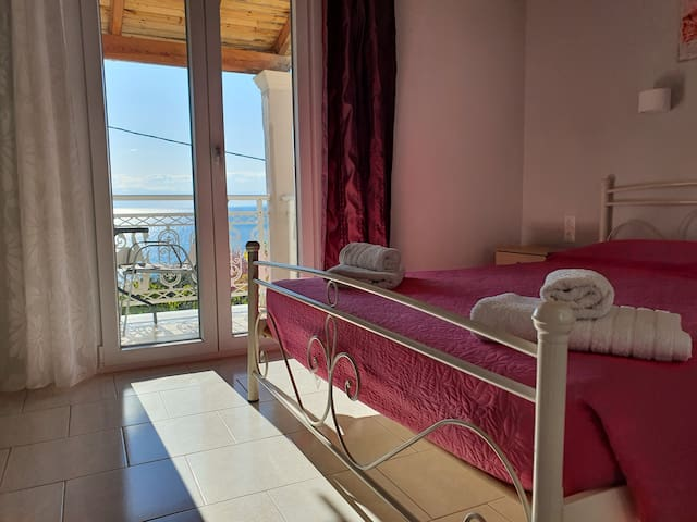 Apartment with view of the ionian sea