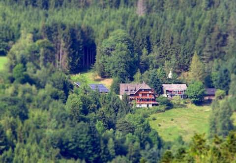 Gibbesbachhof - Wohnung für 5 Pers.