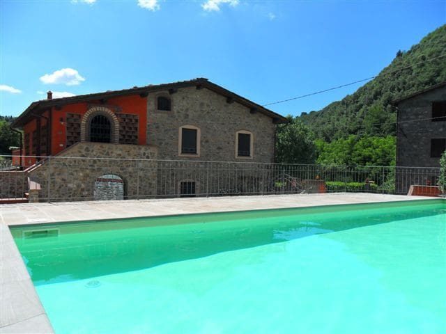Bruna, apartment with 3 bedroom and pool - San Martino In Freddana-monsagr - Apartment