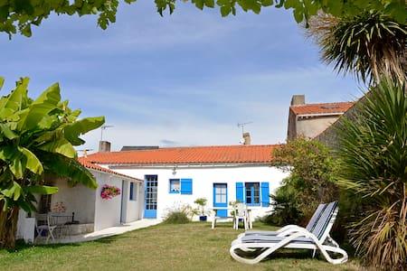 Maison de charme bourg de Bouin - Bouin