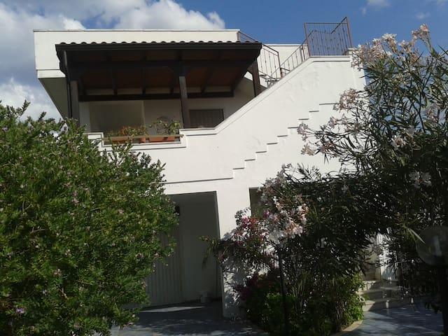 Villa vacanza in Salento (P. terra) - Presepe - Apartament