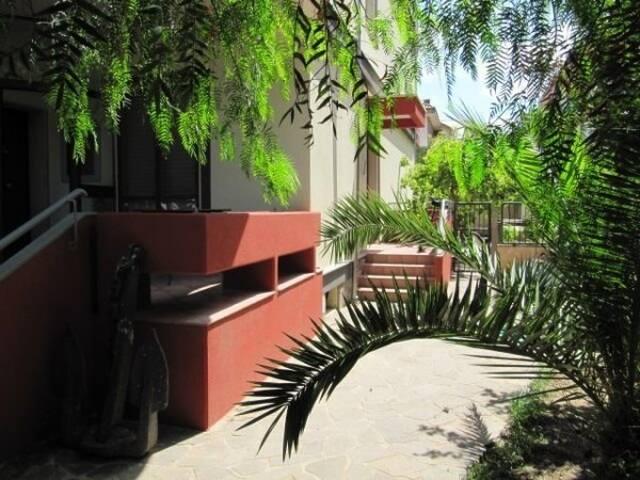 Apartment in villa close to UNLB - Brindisi - Lägenhet